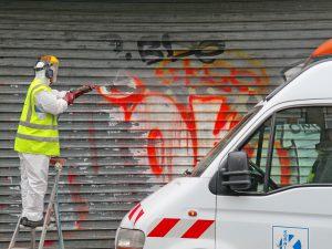 Čistenie Graffiti, Bratislava