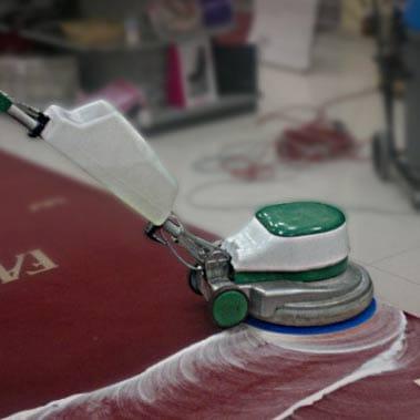 Ukážka strojového čistenie kobercov